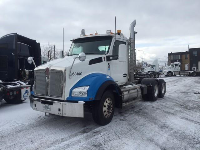 Camion tracteur Ville (daycab)