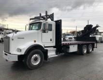 Camion avec grue Grue articulée